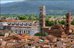 Car rental in Lucca, Italy